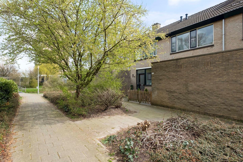 Bekijk foto 1 van Schoonhovenhof 16