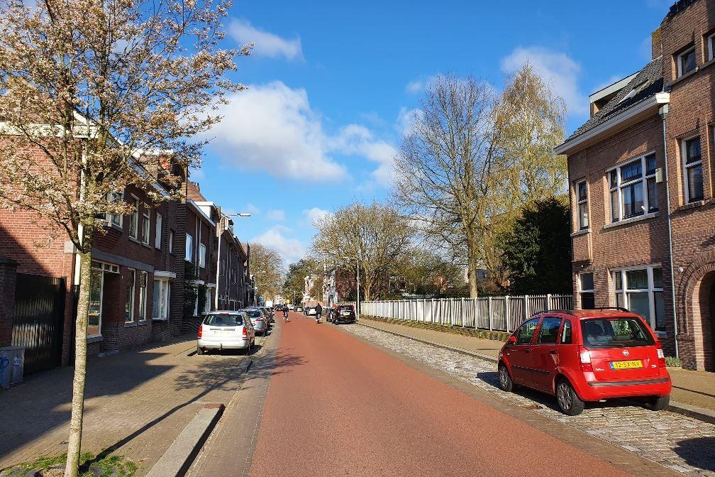 Bekijk foto 3 van Sint Josephstraat 63