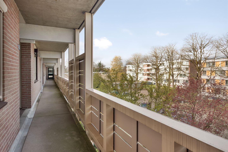 Bekijk foto 4 van Professor Huijbersstraat 33 b