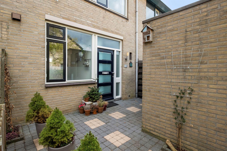 Bekijk foto 3 van Schoonhovenhof 16