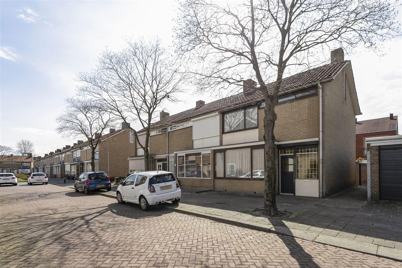 Bekijk foto 1 van van Beresteynstraat 3