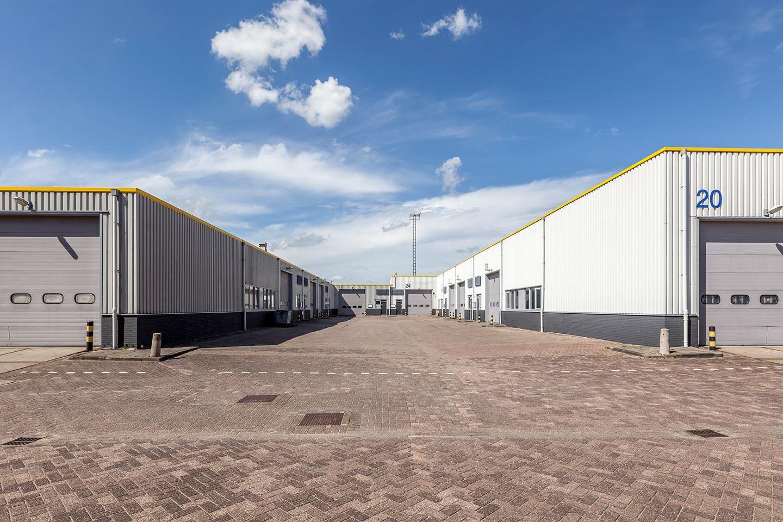 Bekijk foto 4 van Industrieweg 60 -124*