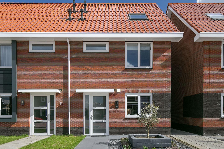 Bekijk foto 1 van Van der Sluisstraat 13