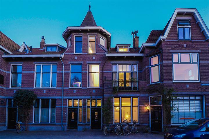 Dillenburgstraat 13