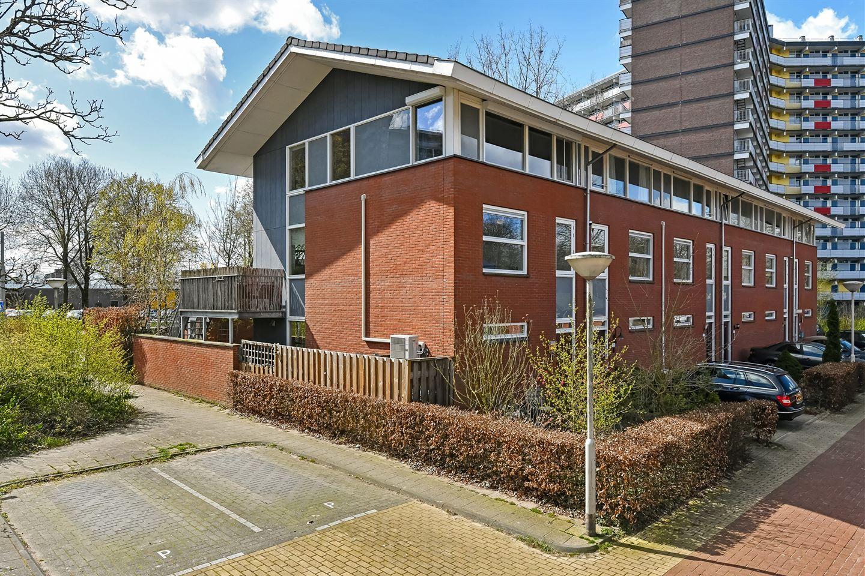 Bekijk foto 2 van Schipholplein 237