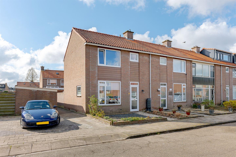 Bekijk foto 3 van IJsselstraat 13