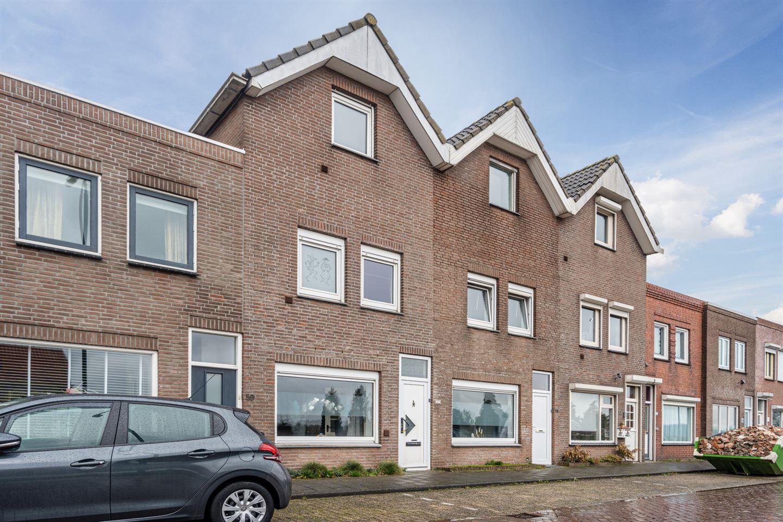 Bekijk foto 2 van Rijksweg 61