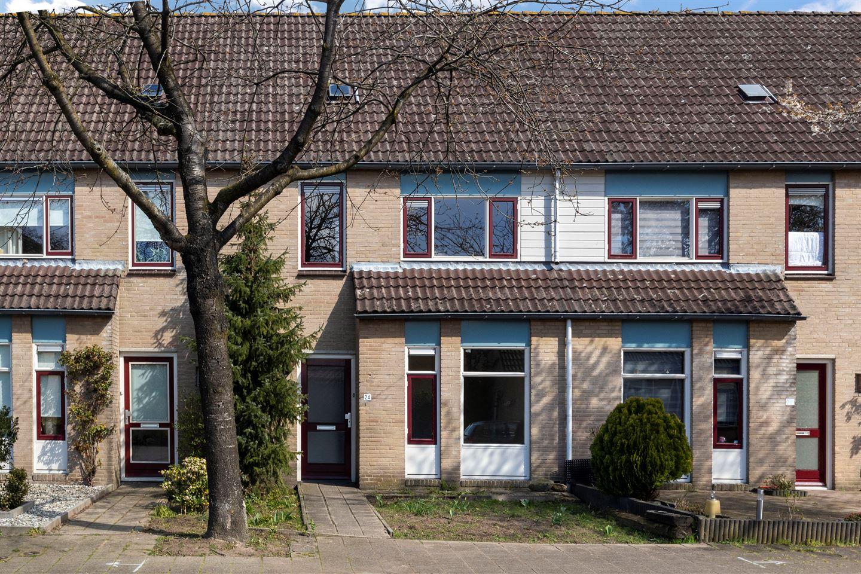 Bekijk foto 1 van Pieter Breughelstraat 24