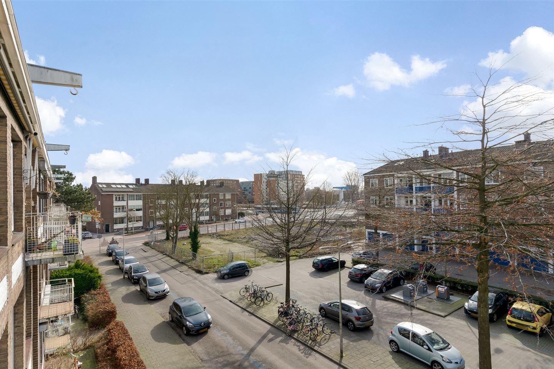 Bekijk foto 4 van Johan van Soesdijkstraat 36 II.
