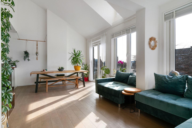 Bekijk foto 2 van Johan van Soesdijkstraat 36 II.