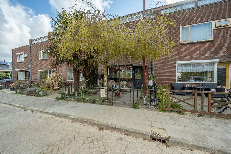 Bekijk foto 1 van Trompstraat 20