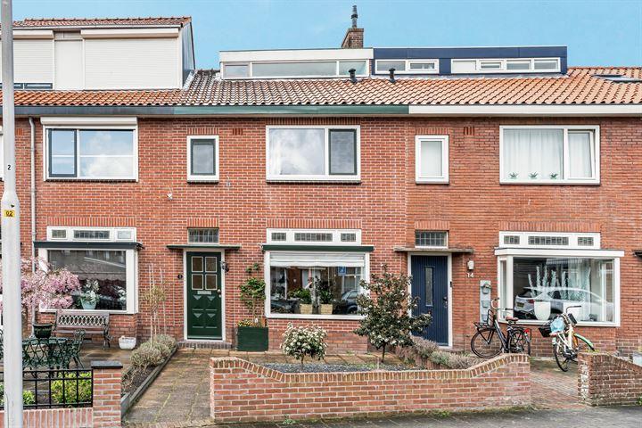 IJsselstraat 16
