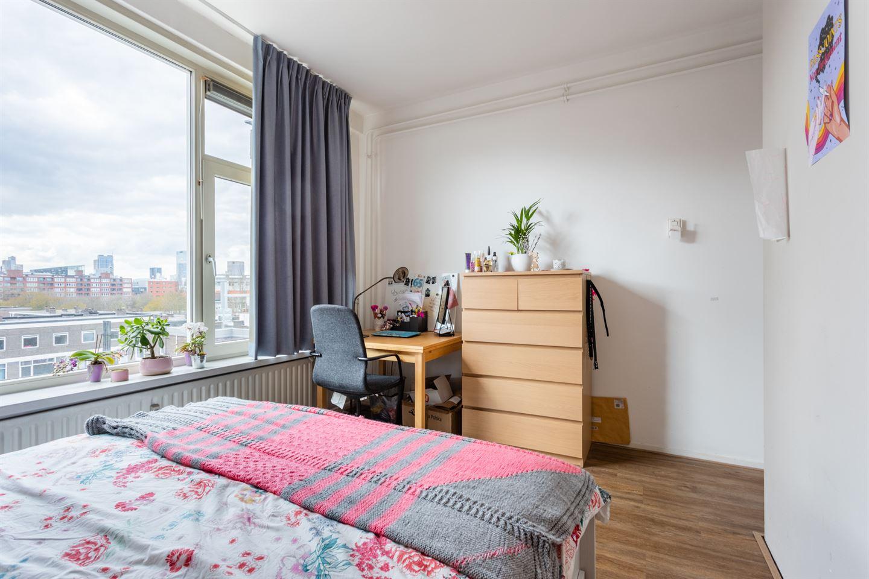 Bekijk foto 5 van Oostplein 111