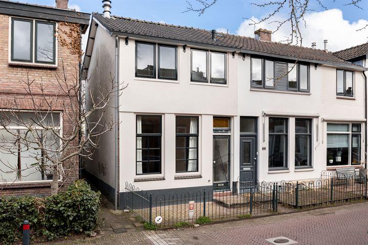 Leeghwaterstraat 29