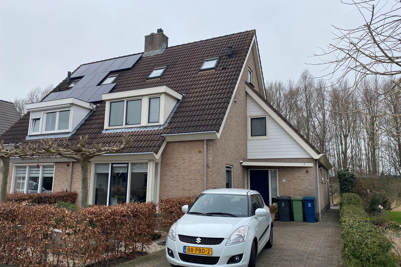 Bekijk foto 1 van Margaretha van Daunstraat 8