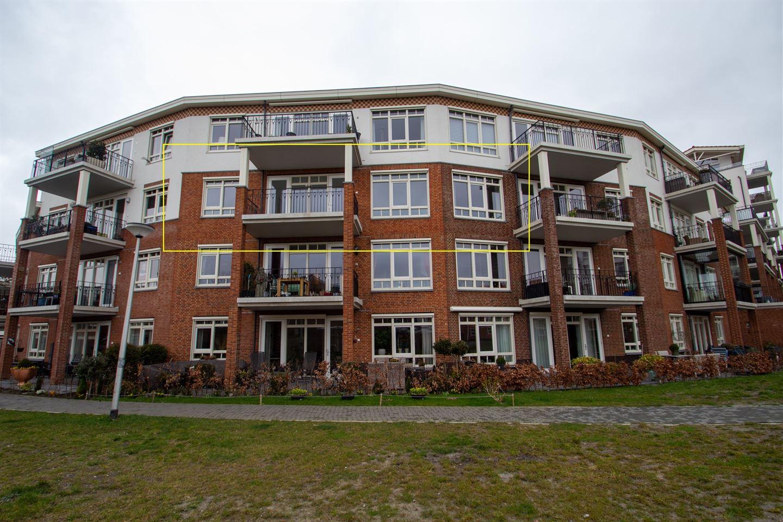 Bekijk foto 1 van Veilingmeesterhof 28