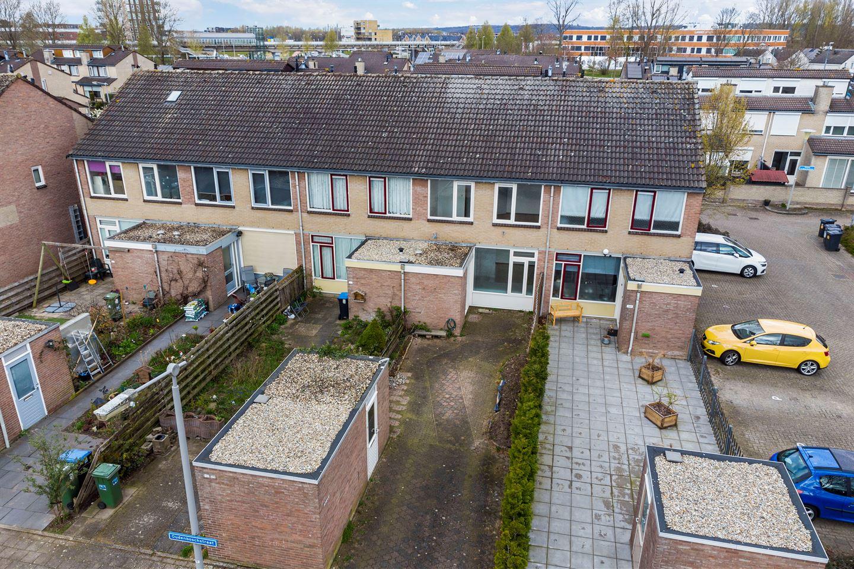 Bekijk foto 1 van Oudenboschstraat 146