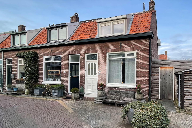 Bekijk foto 1 van Mauritsstraat 2