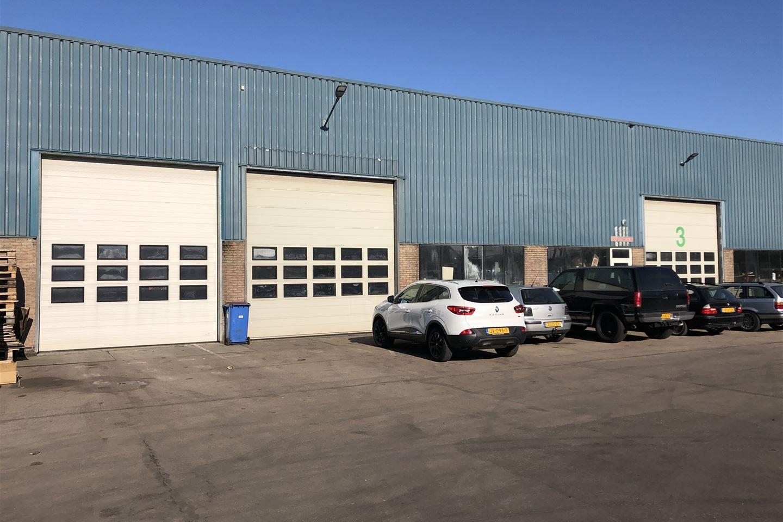 Bekijk foto 1 van Bedrijvenweg 6 *