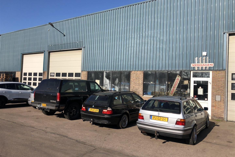 Bekijk foto 2 van Bedrijvenweg 6 *