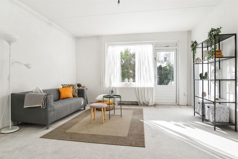 Bekijk foto 1 van Rhenenhof 24