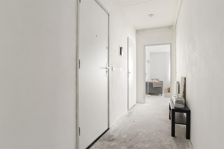 Bekijk foto 3 van Rhenenhof 24