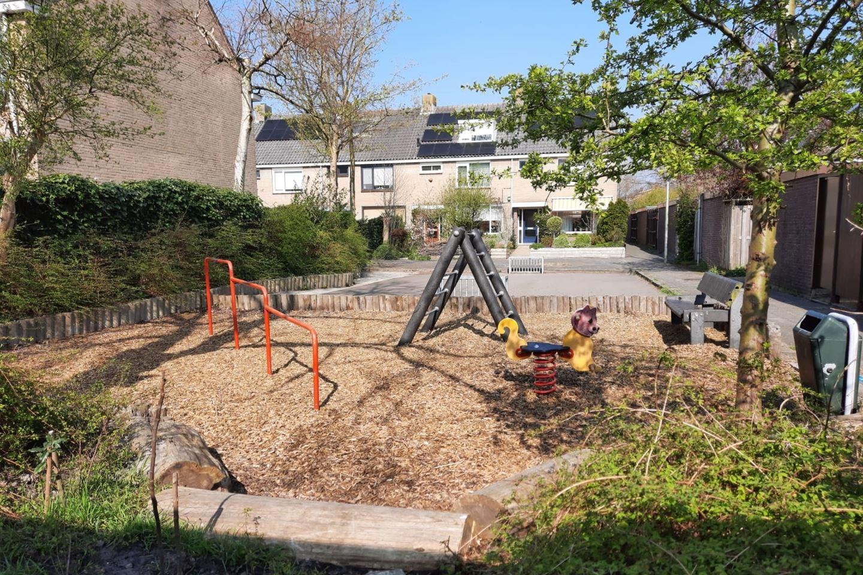 View photo 2 of Huygensdreef 8