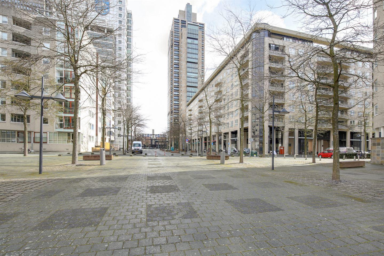 Bekijk foto 1 van Amstelboulevard 88