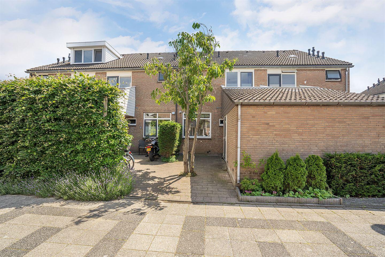 Bekijk foto 1 van Van der Burghstraat 22