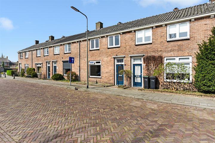 Pastoor Bloemstraat 29