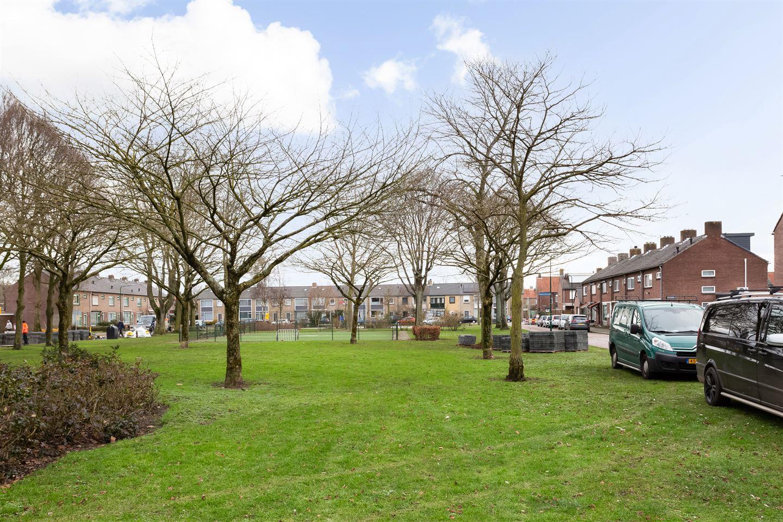 Bekijk foto 2 van Brabantpark 7