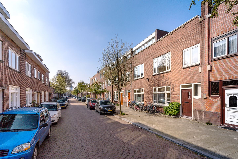 Bekijk foto 2 van Van Musschenbroekstraat 50