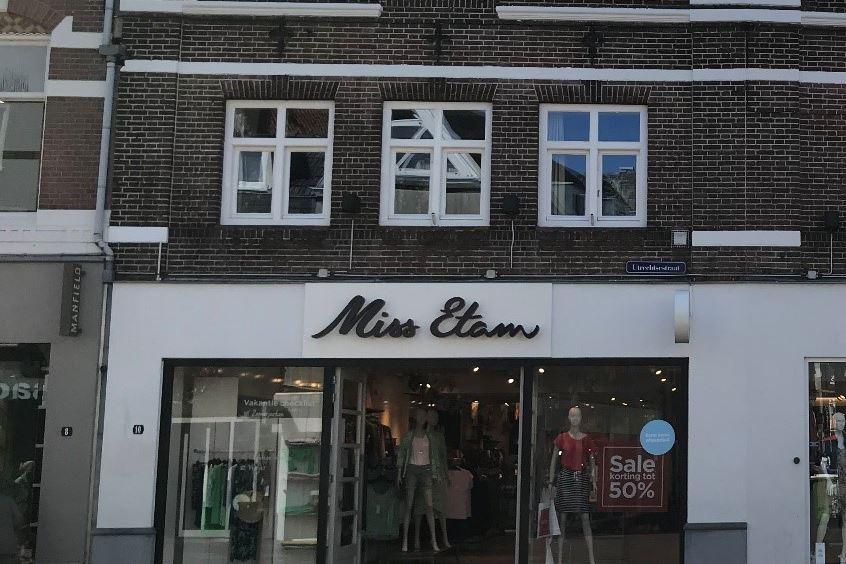 Bekijk foto 1 van Utrechtsestraat 10