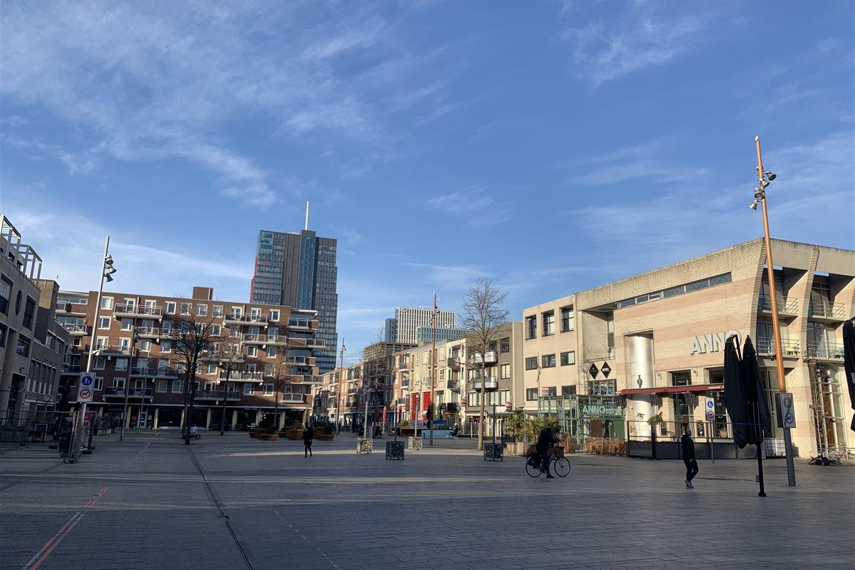 Bekijk foto 2 van Grote Markt 71