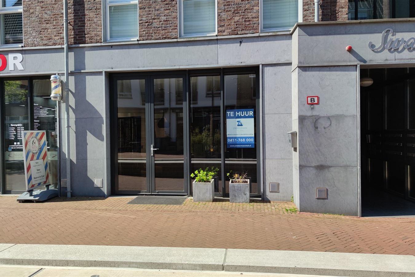 Bekijk foto 1 van Lindeplein 2 a