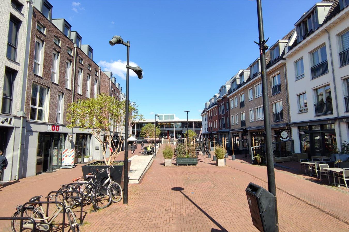 Bekijk foto 4 van Lindeplein 2 a