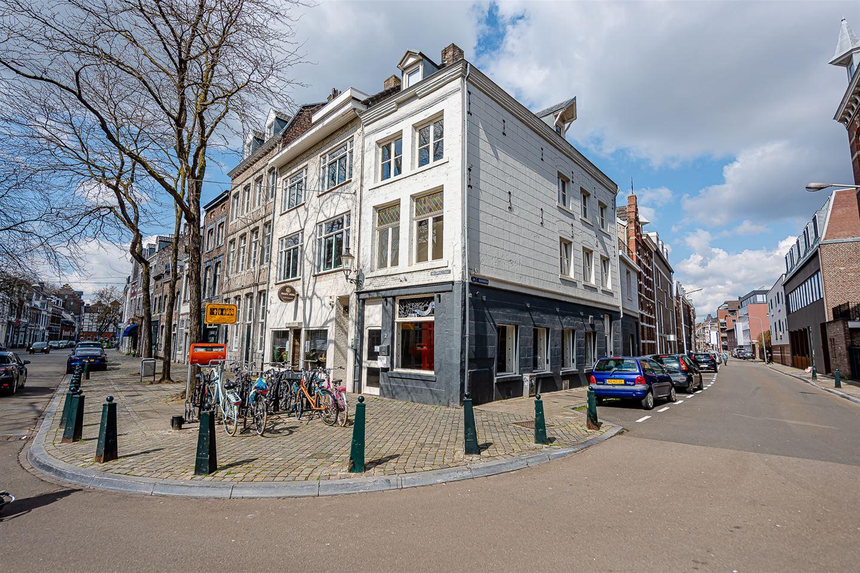 Bekijk foto 1 van Hoogbrugstraat 2