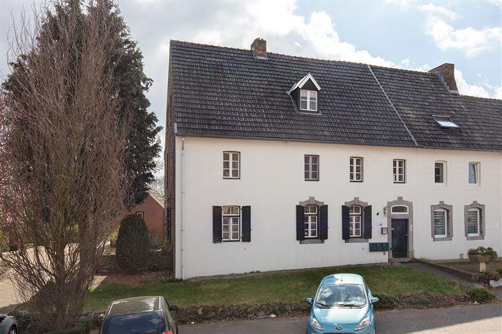 Eindstraat 1 - 3 - 5, Sint Geertruid