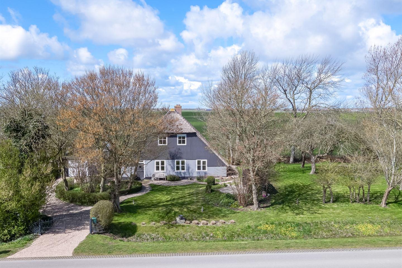 View photo 2 of Burchtweg 5