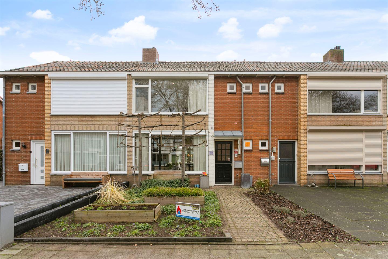 Bekijk foto 1 van Rembrandtstraat 35