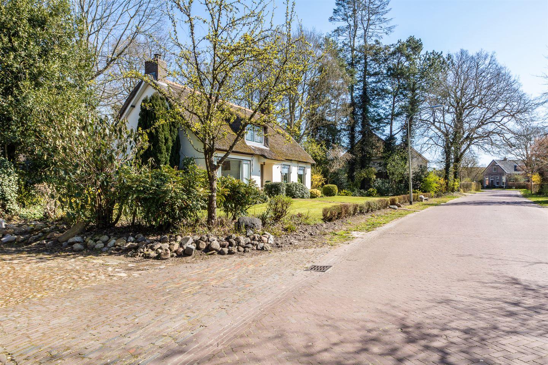 Bekijk foto 3 van Dorpsweg 6 a
