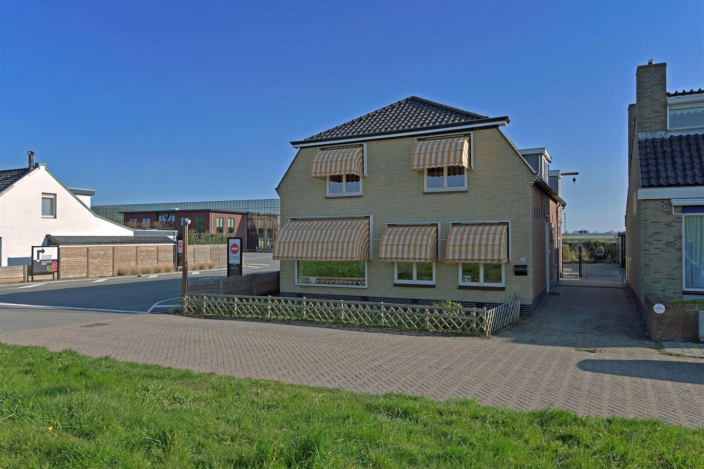 Bekijk foto 1 van Maasdijk 113