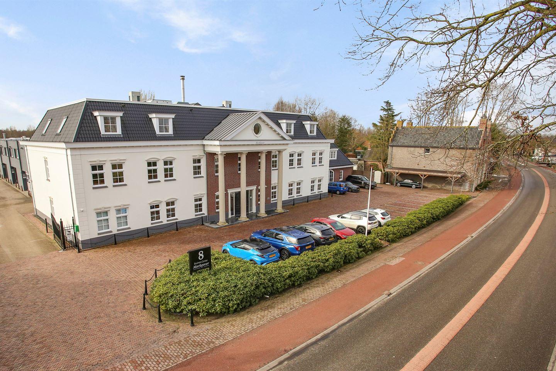 Bekijk foto 1 van Bredaseweg 8