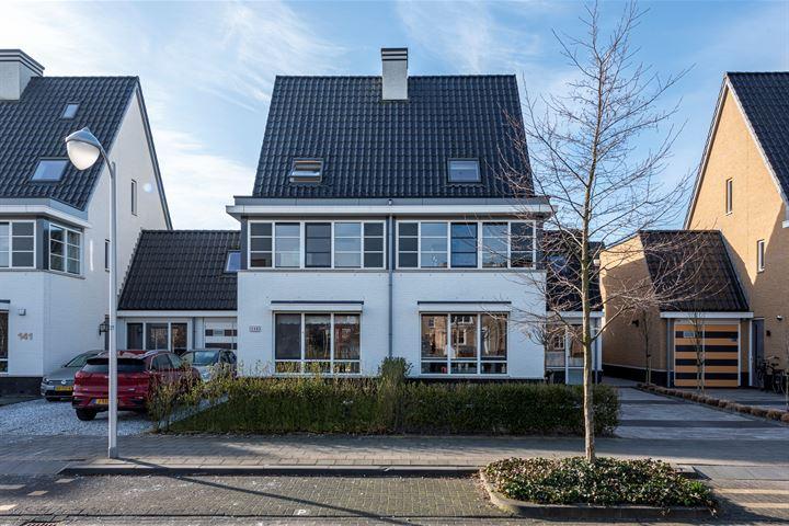 Victoriameer 145
