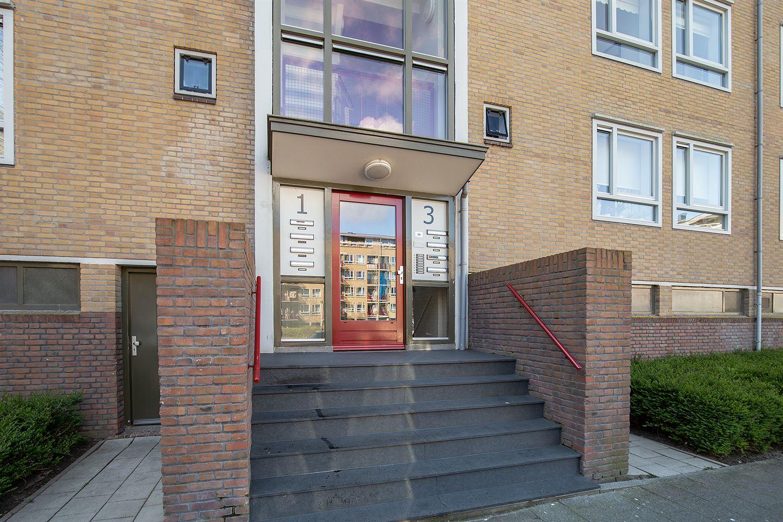 Bekijk foto 2 van Leenhofstraat 3 2