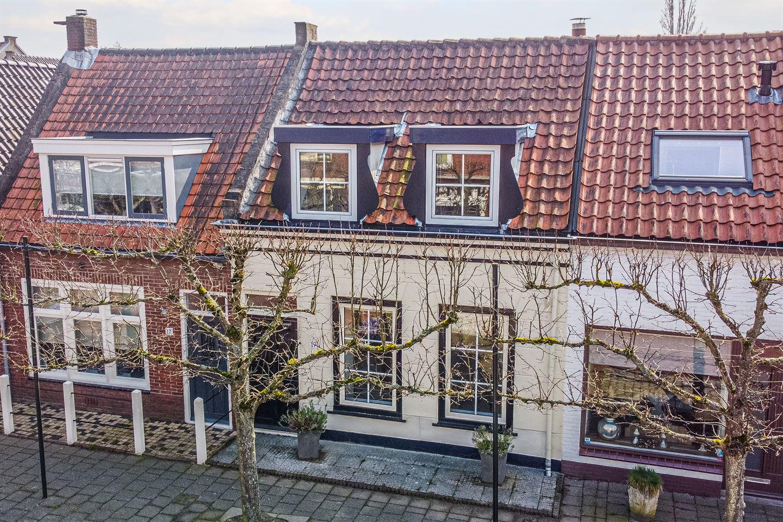 Bekijk foto 1 van Voorstraat 19