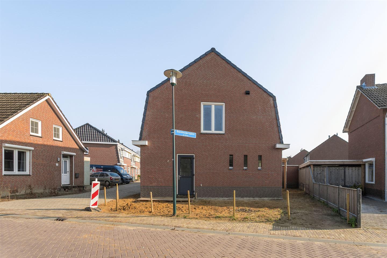 Bekijk foto 4 van Beenhouwersplein 9