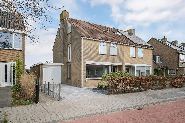 Bekijk foto 2 van Prins Bernhardstraat 45