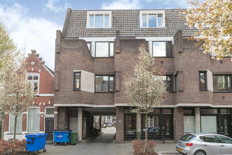 Bekijk foto 1 van Meerten Verhoffstraat 11 B3