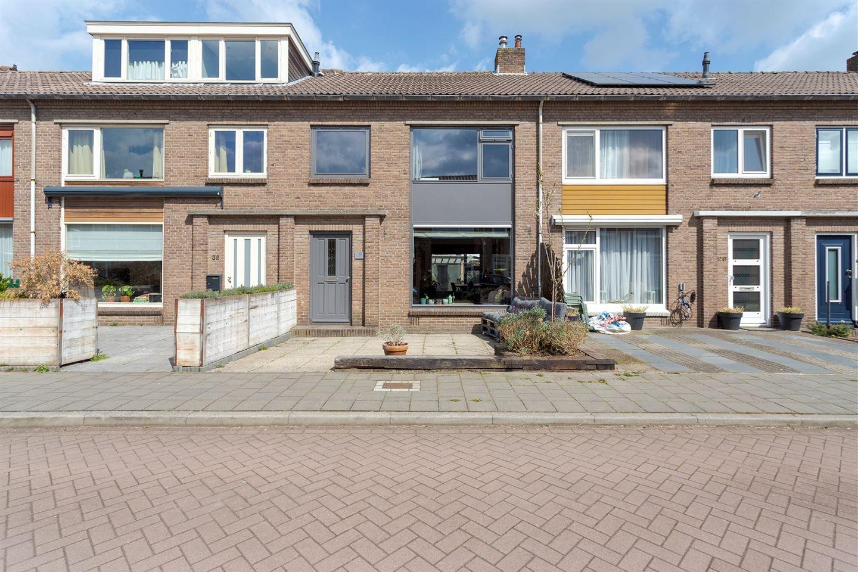 Bekijk foto 1 van Elzenstraat 30